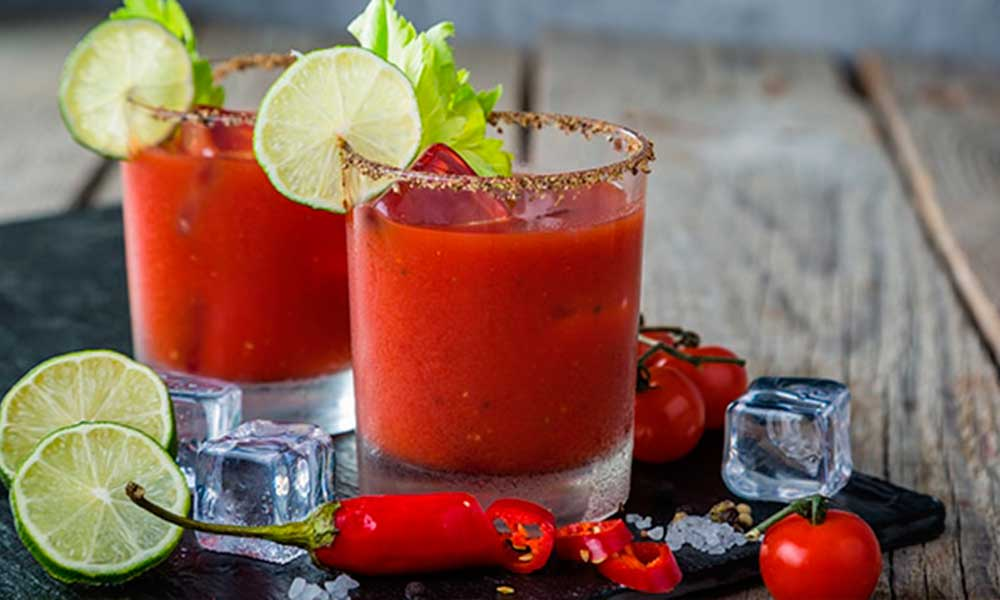 como preparar el cóctel bloody mary con vodka