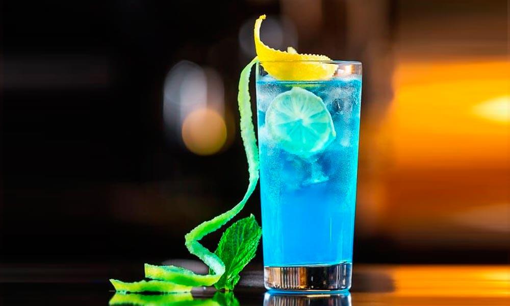 como-hacer-cóctel-laguna-azul